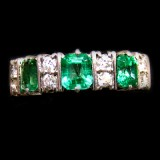 Emerald Ring B8RI-040