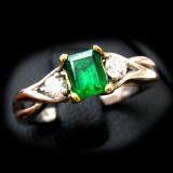 Emerald Rings B8RI-105